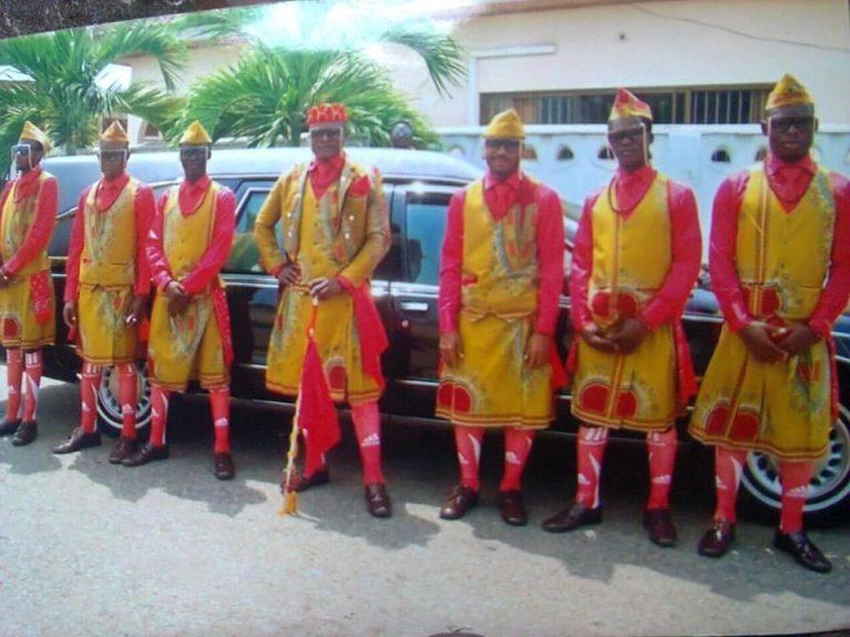 dada awu - dancing ghanaian pallbearers